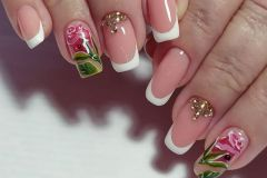 Nail-art-designs-with-flowers-11