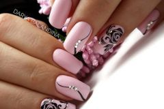 Nail-art-designs-with-flowers-2