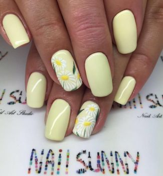 Nail-art-designs-with-flowers-23