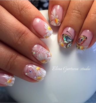 Nail-art-designs-with-flowers-25