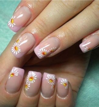 Nail-art-designs-with-flowers-38