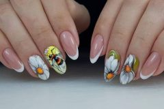 Nail-art-designs-with-flowers-31
