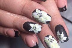 Nail-art-designs-with-flowers-64
