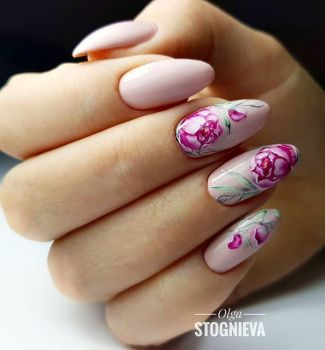 Nail-art-designs-with-flowers-81