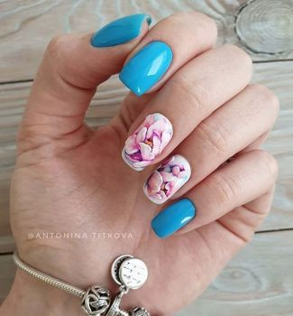 Nail-art-designs-with-flowers-84