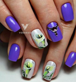 Nail-art-designs-with-flowers-89