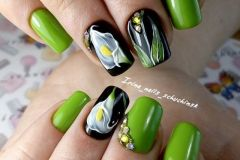 Nail-art-designs-with-flowers-87
