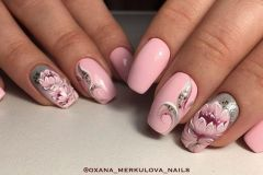 Nail-art-designs-with-flowers-98