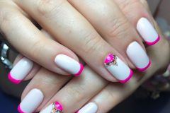 French-Nails-designs-27